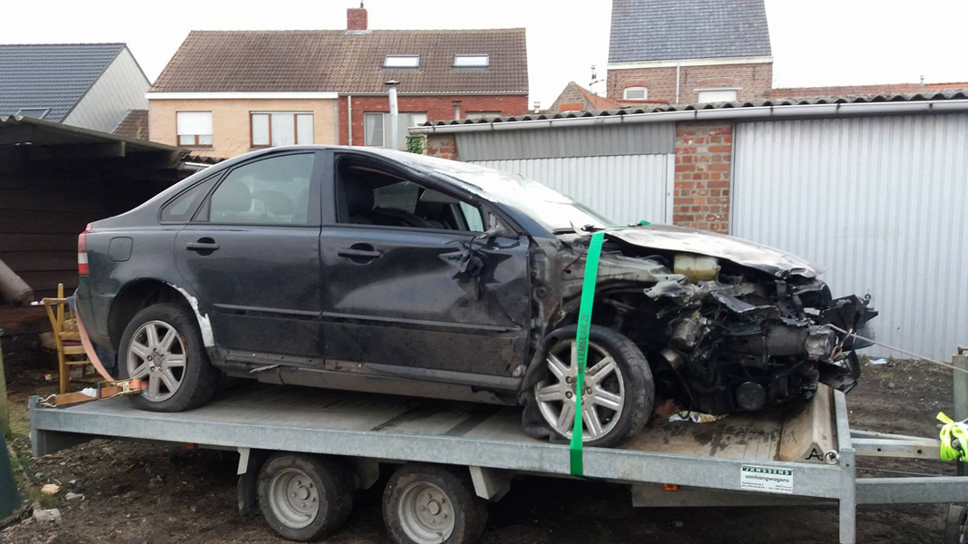 Skup aut uszkodzonych od rocznika 2010 Góra Kalwaria